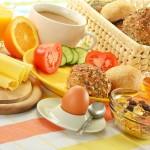 Aamiaistilaisuus